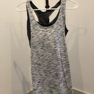 Women's lululemon top